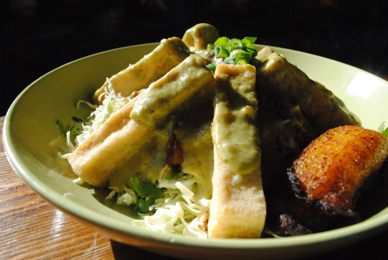 7 Unexpected Spots For Vegetarian Dishes in Scottsdale_Hula's Vegan Jungle Tofu