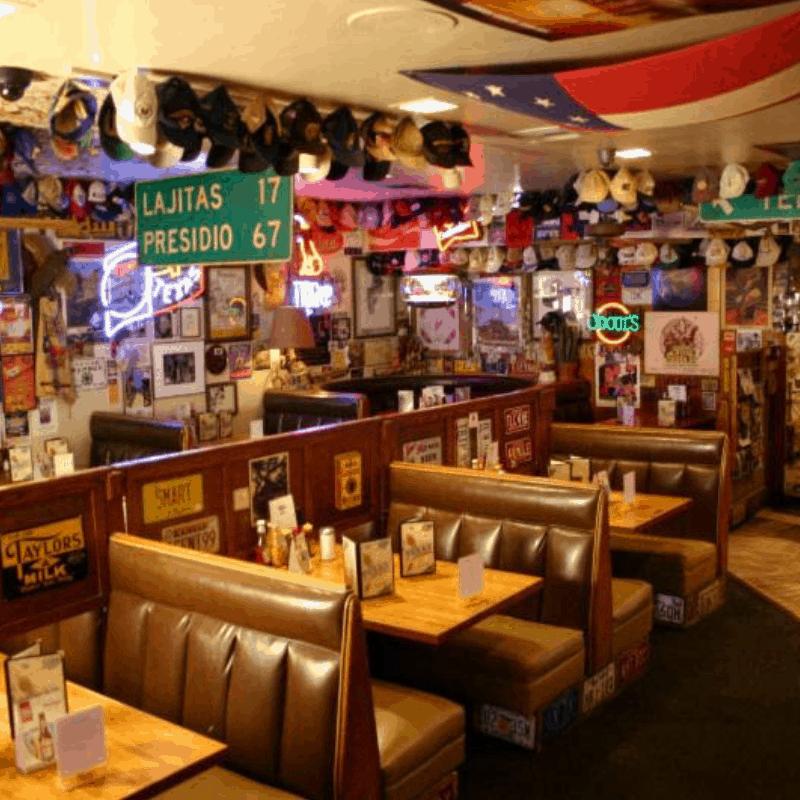 111018 TEXAZ Grill dining room