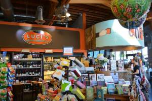 : oenix Thanksgiving Deals: from Dining in to Taking it all Home: Lucis Healthy Marketplace