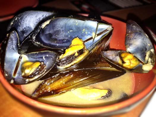 Drunken Black Mussels