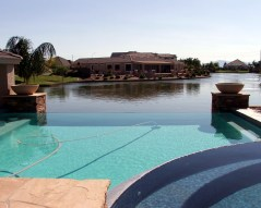 backyard-pool-and-lake-in-pinelakes
