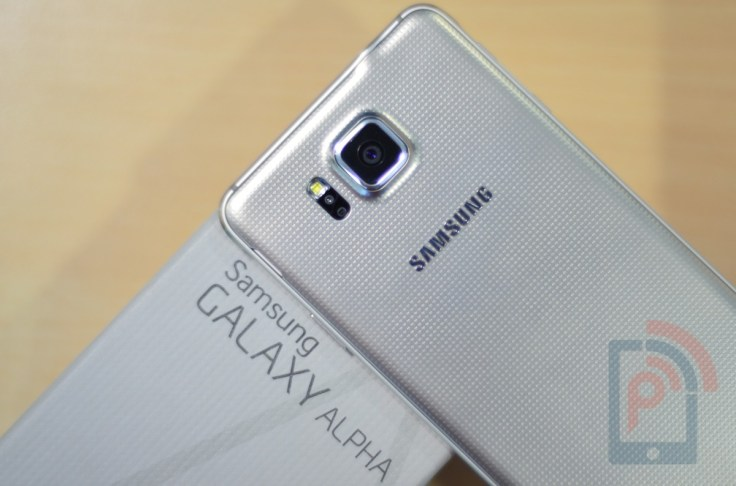 Samsung Galaxy Alpha Back