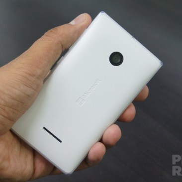 Microsoft Lumia 532 Review Back Hands-on