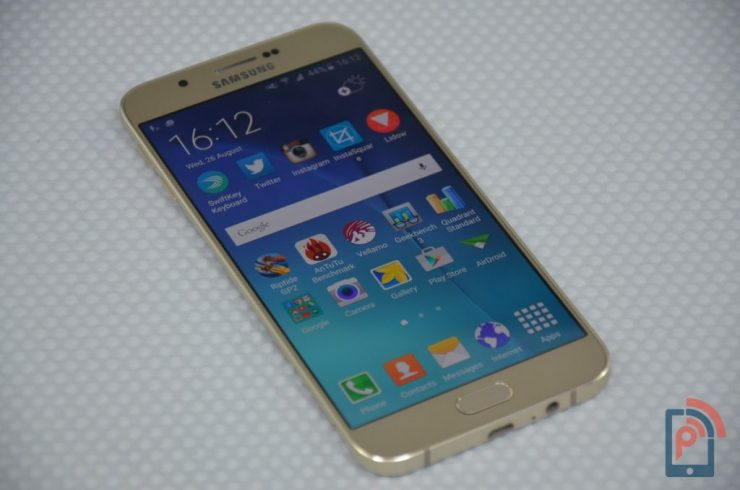 Samsung Galaxy A8 - Display