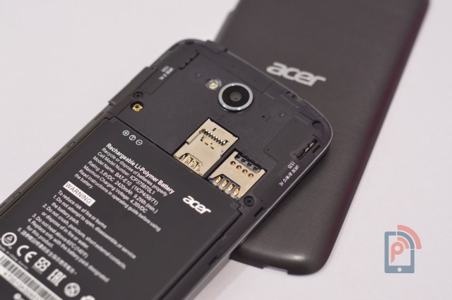Acer Liquid Z530 - SIm Slots and MicroSD Card