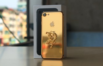 gold-plated-iphone-7-2