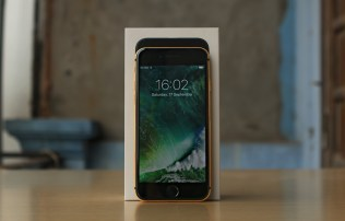gold-plated-iphone-7