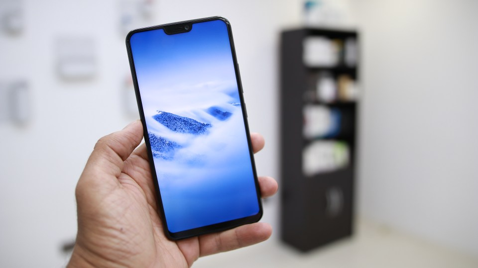 Vivo V9 Smartphone Top Camera Features & Options - PhoneRadar