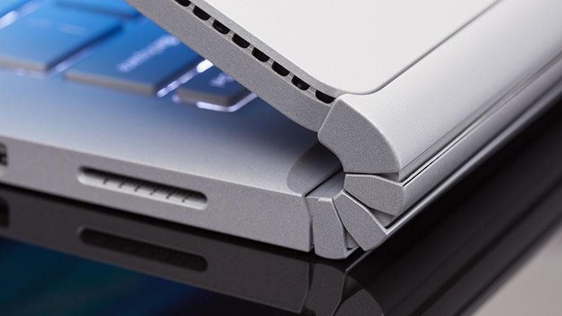 Làng laptop đang mong chờ gì từ siêu phẩm Microsoft Surface Book 3?