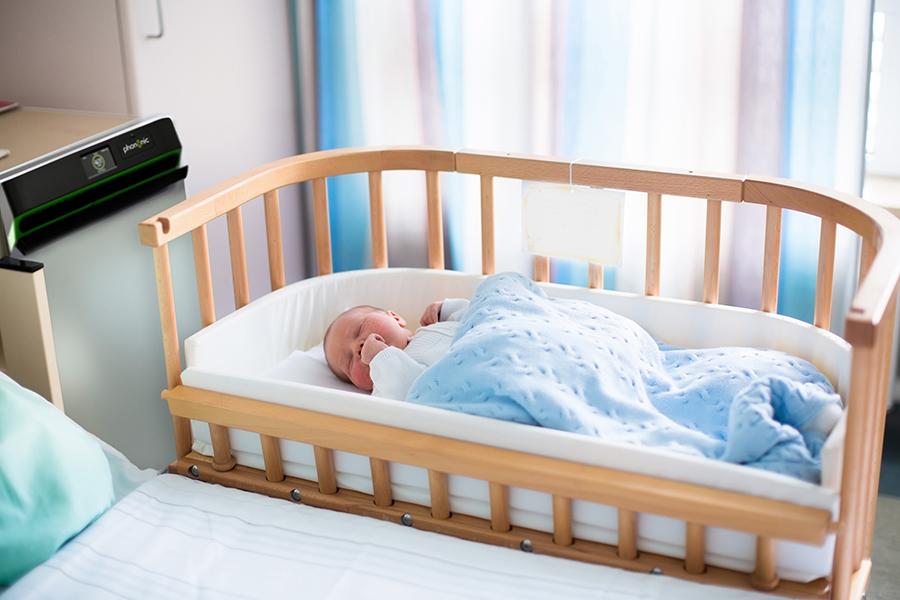baby in co-sleeper