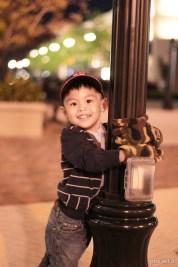 chris hugging pole