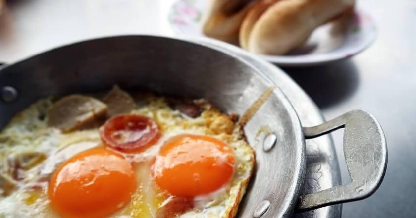 Sosis Telur: Menu Berbuka Buat Si Kecil yang Berhasil Puasa Sehari
