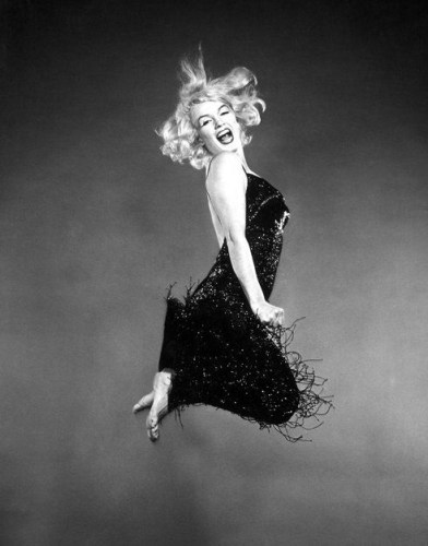 marilyn monroe jumpology philippe halsman