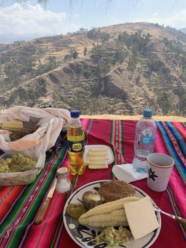 Organic lunch, Chinchero