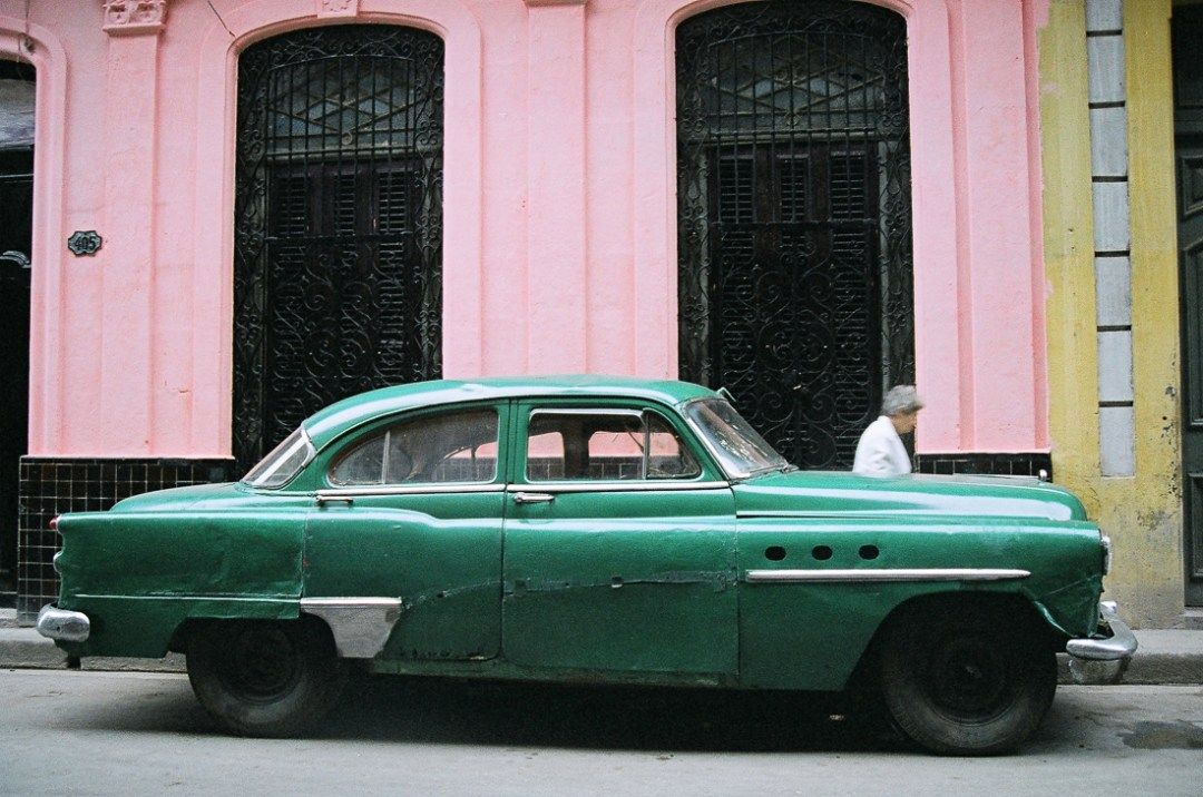 Green Car, Havana, Cuba, 1999 ©Cyndie Burkhardt.