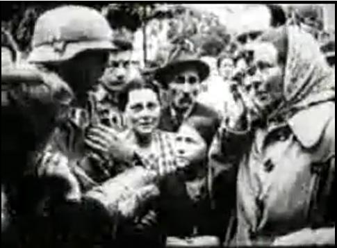 Фотографія зустрічі мешканців Львова німецьких військ в 1941 році