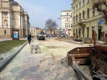 Ремонт проспекту Свободи у Львові, весна 2013 року