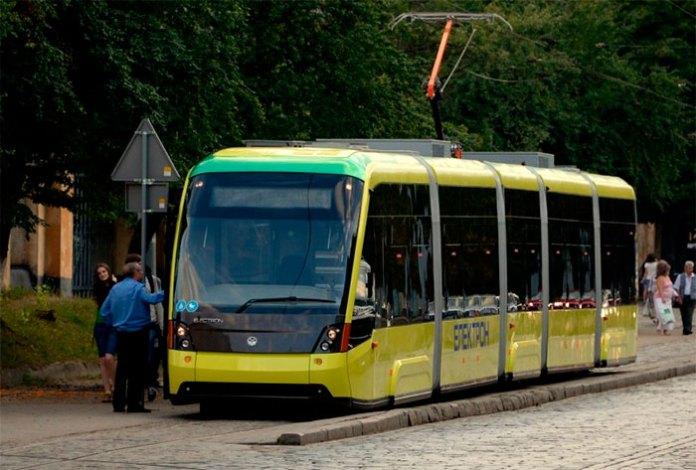 10 фактів про трамвайну колію на Сихів