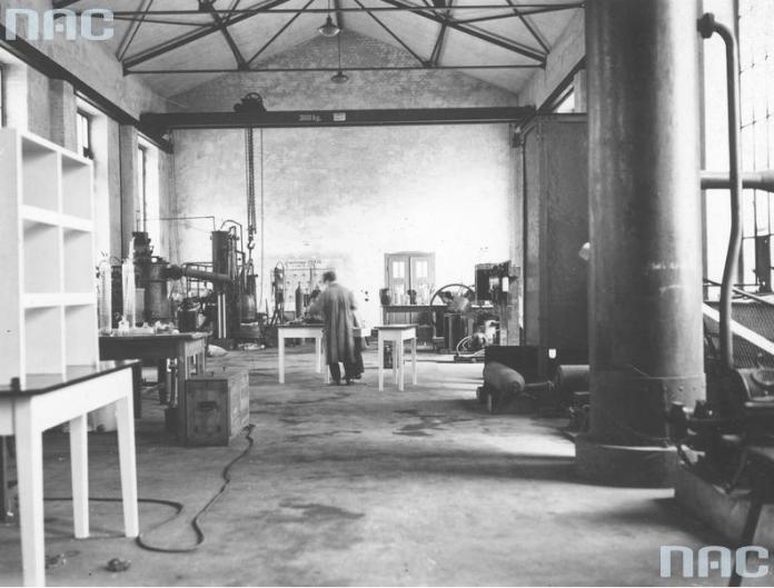 Експериментальна лабораторія, 1920-1939