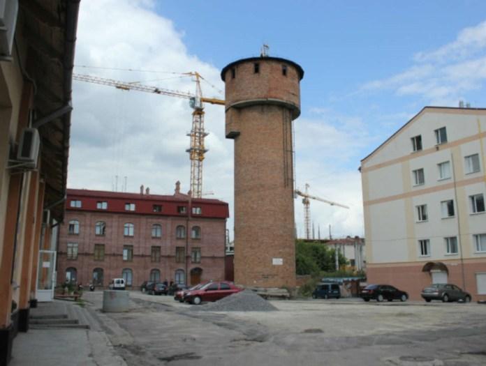 Комплекс газовні у Львові і водонапірна вежа, наші дні.