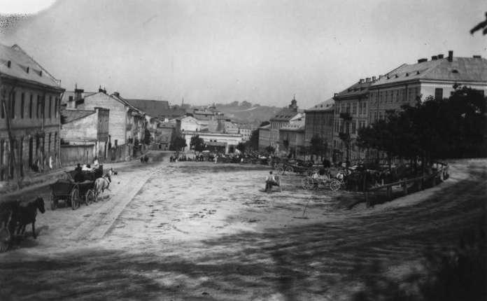 Давня площа Стрілецька у Львові, фото поч. XX ст.
