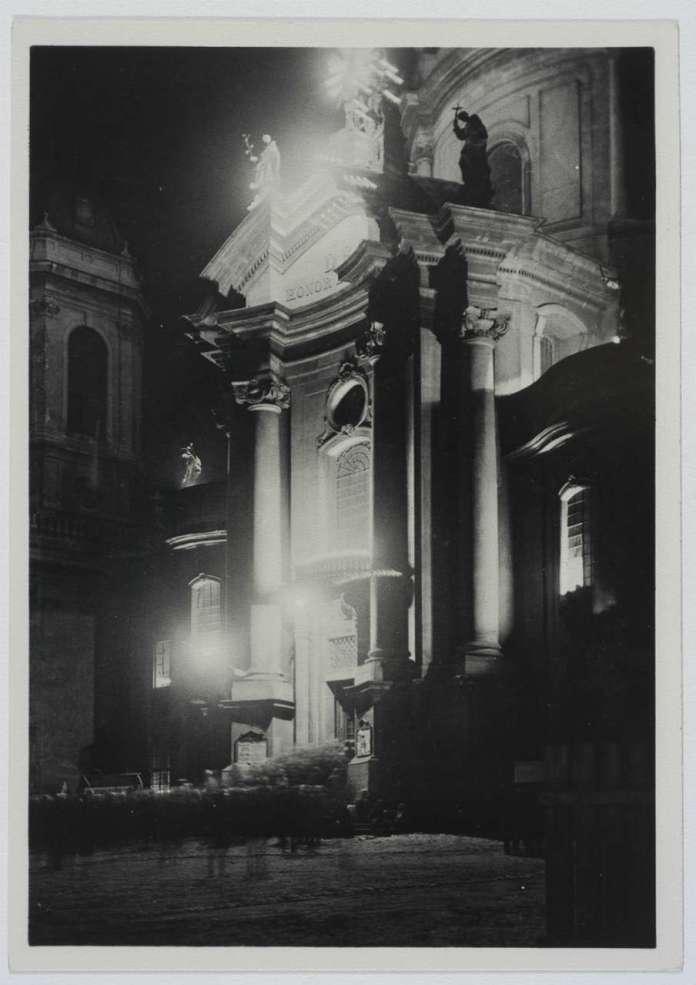 Ілюмінація Домініканського костелу, 1930 - ті рр.