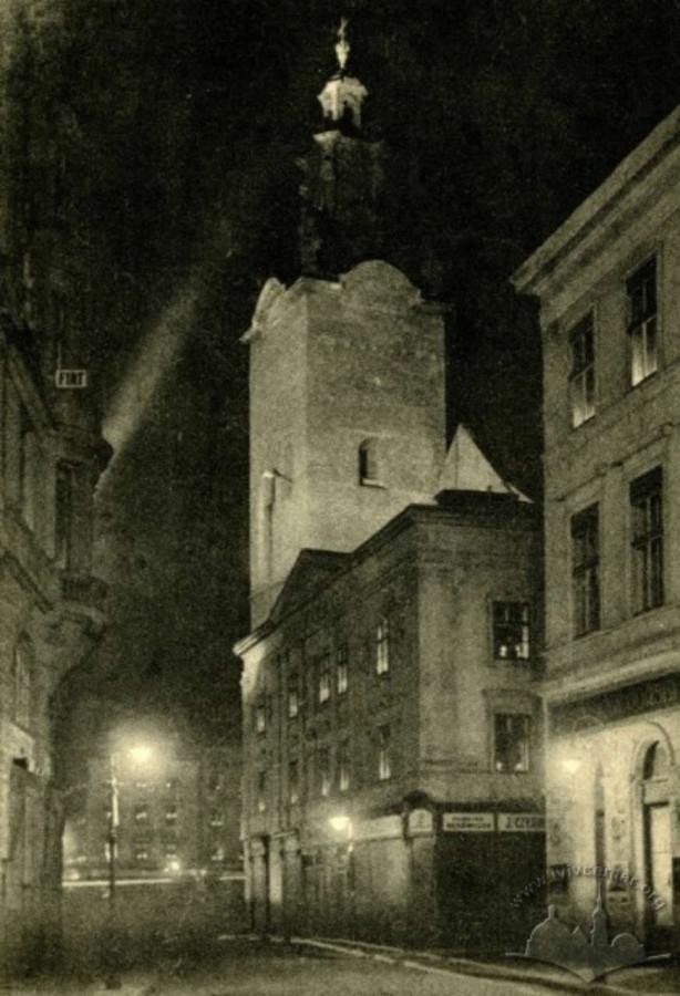 Вид на Катедру і вул. Театральну з пл. Марійської, 1930 - ті рр.