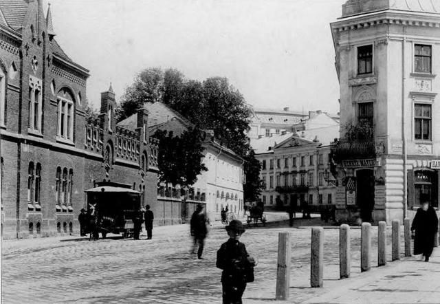 Кінний трамвай на пл. Митній, фото, кінець XIX ст.