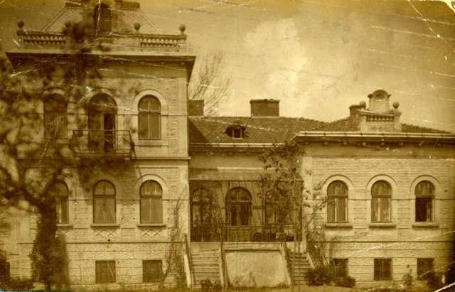 Вілла Грушевських на Софіївці, фото бл. 1912 року