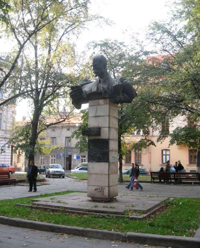 Пам'ятник С. Тудору, фото наших днів