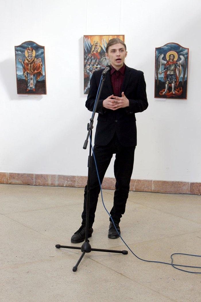 """Михайло Скоп на відкритті виставки """"Церква Войовнича"""", 17 березня 2015 року"""