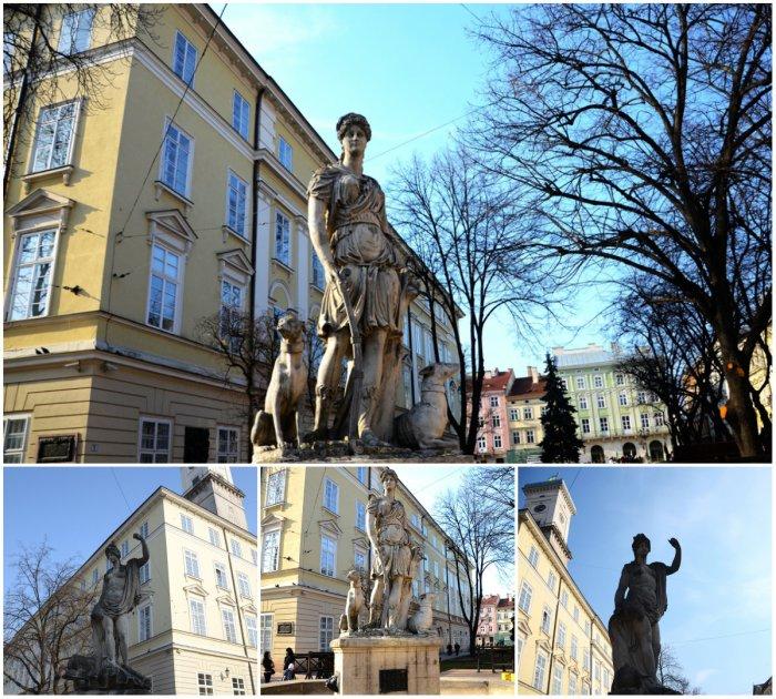 Богині на центральній площі