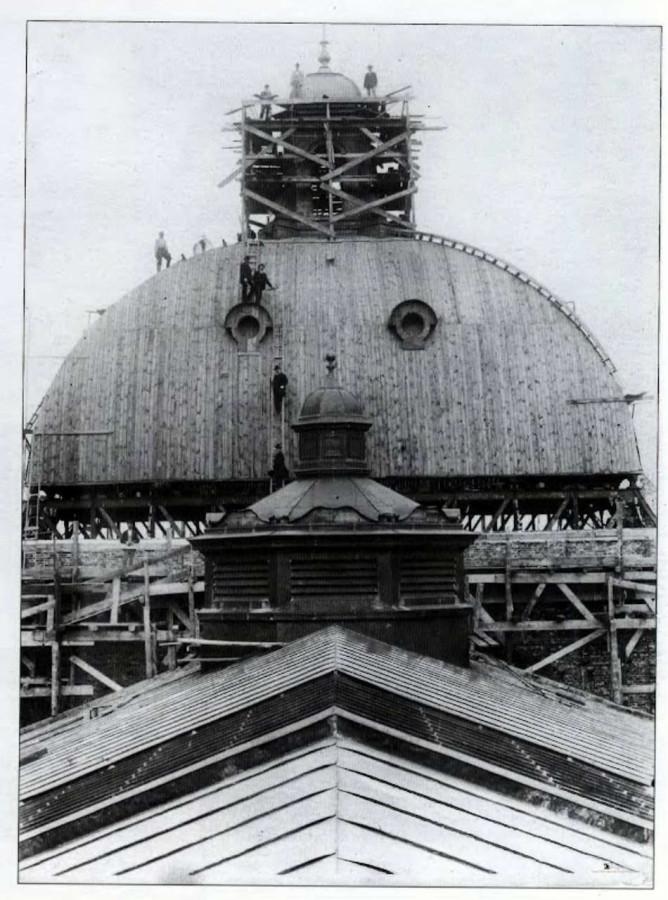 Перекриття головного куполу Львівської Опери. Фото 1900 року