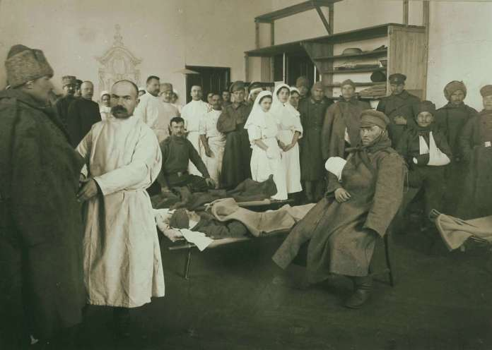 Військовий шпиталь РІА на нин. вулиці Свєнціцького. Фото 1914 року