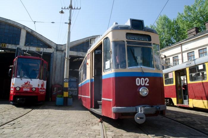 """""""Gotha T59E"""" №002 та """"Tatra KT4SU"""" №1004."""