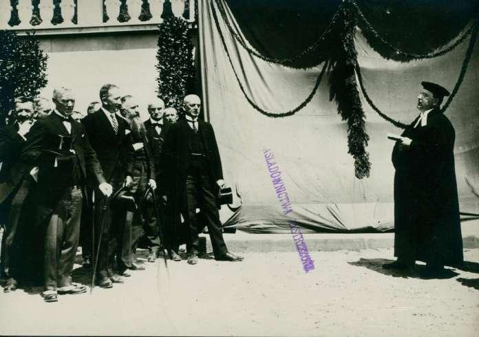 Відкриття монументу американським літунам на Личакові. Фото травня 1925 року
