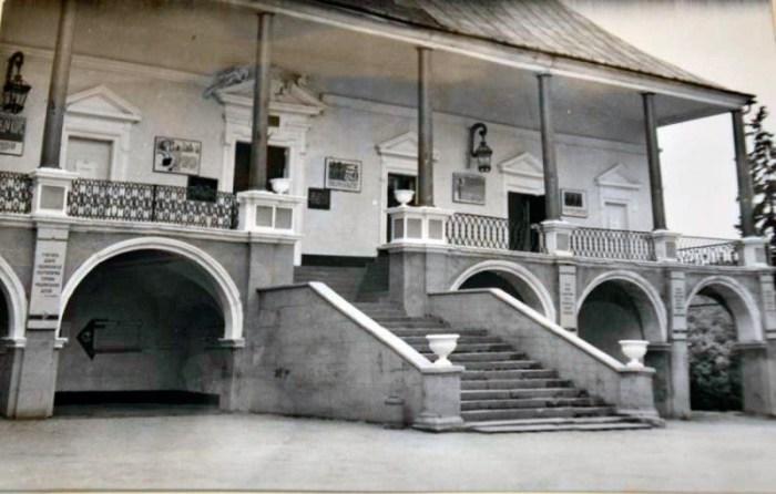 Замок короля Яна ІІІ Собеського у Поморянах, фото 30-их років ХХ століття