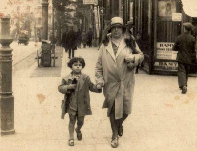 Сцена на вулиці Сапєги. Фото до 1939 року