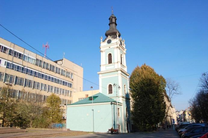 Сучасне фото дзвіниці церкви св. Духа. Єдина будівля колишньої семінарії, яка пам'ятає часи Маркіяна Шашкевича.