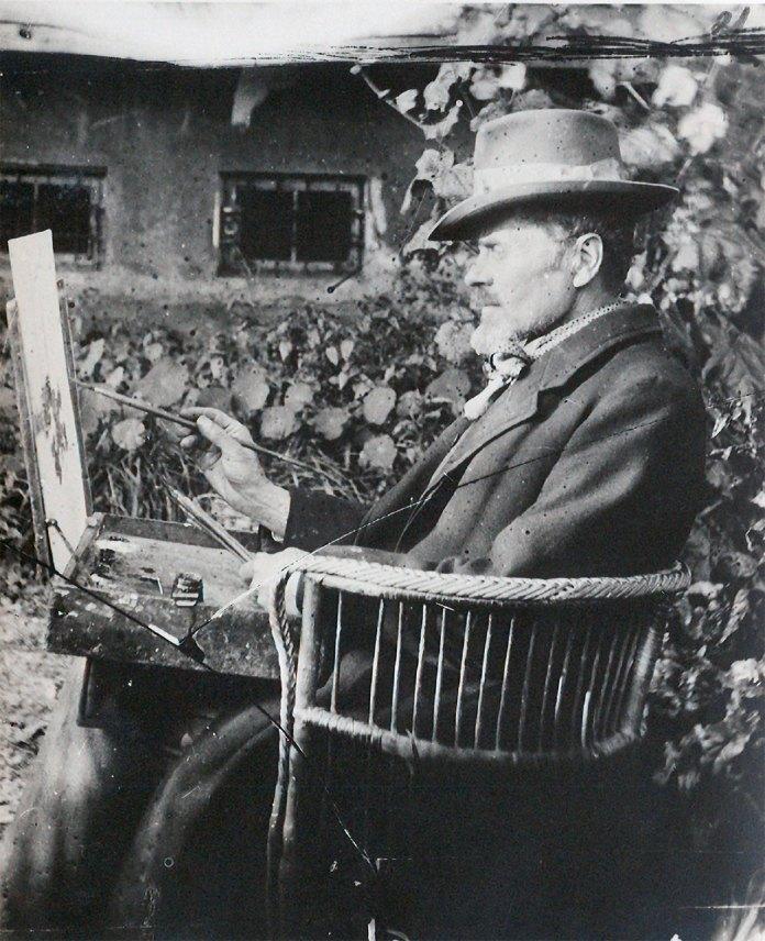 Іван Труш малює квіти у своєму саду. Львів. Фото 1935 р.