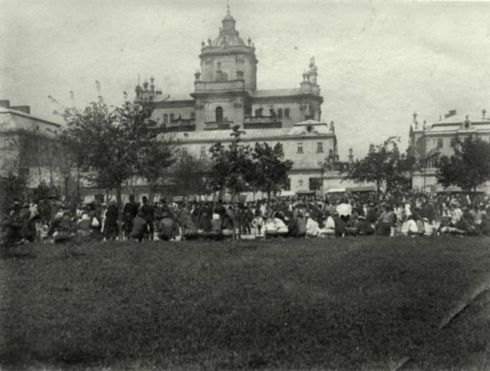 Спроба відродити ярмарок Святого Юра у міжвоєнний період. Фото до 1939 року