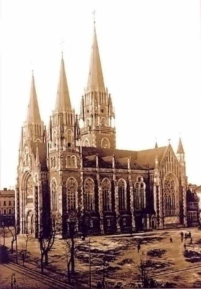 Зображення костелу св. Ельжбєти у Львові одразу ж після будівництва (1911 р.).
