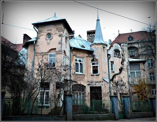 Місце вбивства у радянському консульстві – сучасна вулиця Котляревського, 27 (фото Тетяна Жернова, 2015 рік)