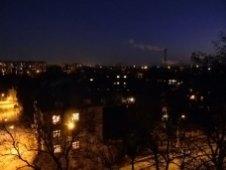 Вигляд на нічний Львів з верхнього ярусу «Вежі». Фото 2012 року. Автор: Ігор Зеленський