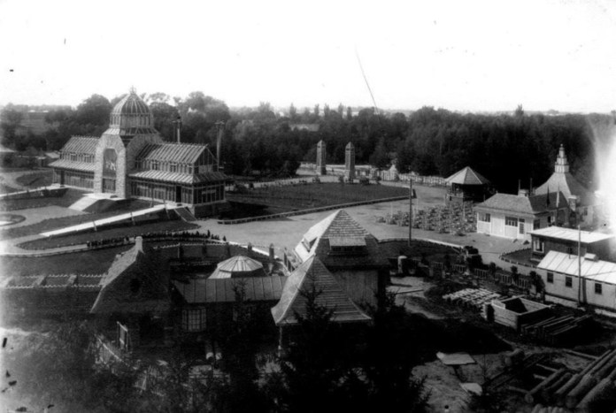 Військова виставка у Стрийському парку. Загальний вигляд. Фото 1916-1918 рр.