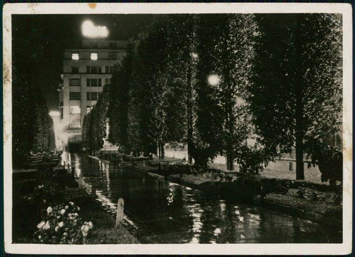 Нічний вигляд алеї на вулиці Академічній (пр. Шевченка). Фото 1938 р.