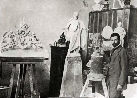 Г. Кузневич у майстерні. Фото з тижневика Nowości Illustrowane, 1905.