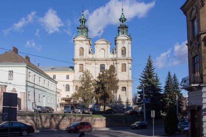Костел Марії Магдалини у Львові. Фото 2015 року, автор Роман Метельський
