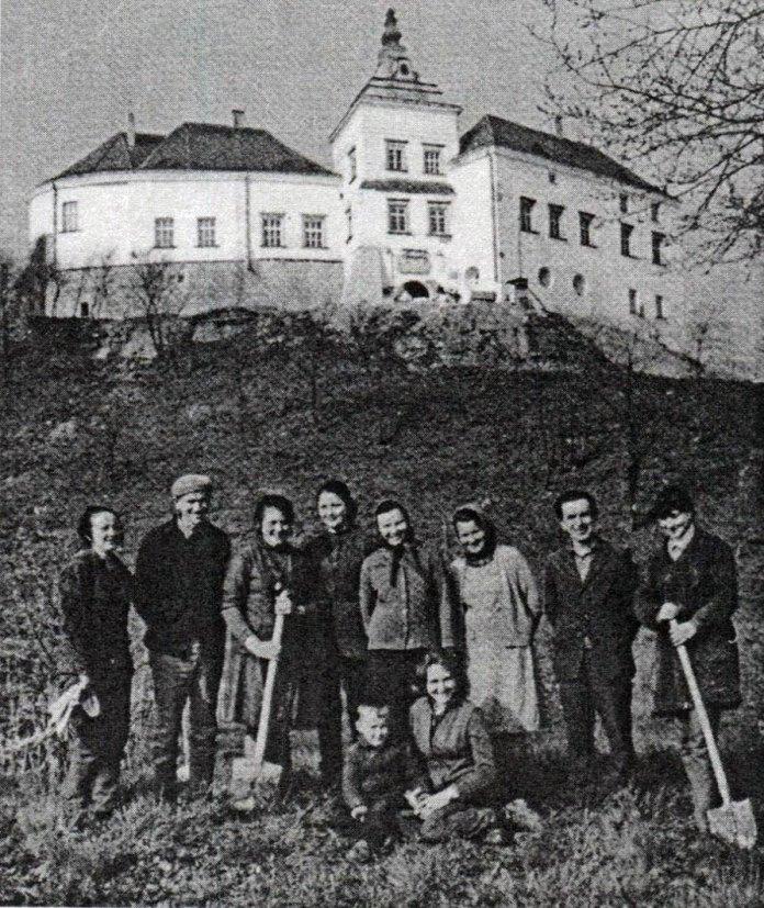 Борис Возницький і працівники Олеського замку, 1973 рік