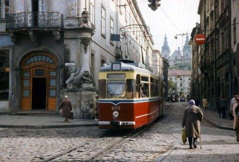 Львів, вуулиця Руська (вид із площі Ринок), 1980-ті рр.